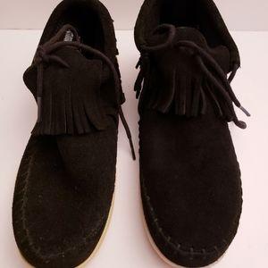 Minnetonka moccasins new black suede bootie 6M